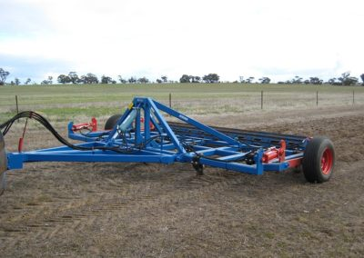 Deep-tillage-plough