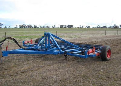 Deep-tillage-plough